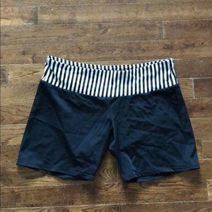 Onzie Black White Stripe Spandex Shorts m/l euc